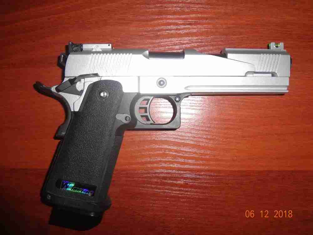 Пистолет WE Colt Hi-Capa 5.1 Dragon A Silver СО2